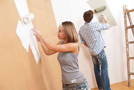 Couple painting - home reno