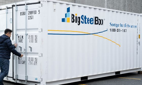 How to Open and Close Shipping Container Doors
