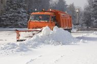 Plowing snow - winter moving tips