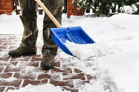 Shovelling snow - winter moving tips