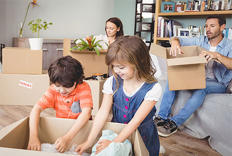 Packing Tips for an Organized Family Relocation - BigSteelBox