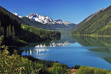 BC wilderness-lake and mountains