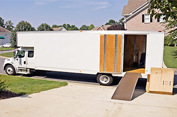 Long distance moving company moving truckl